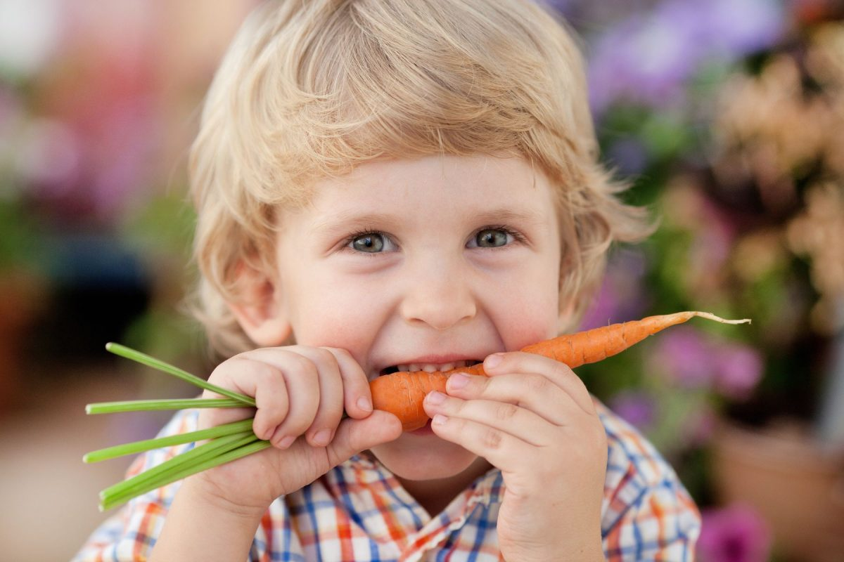 Что будет если съесть немытые ягоды